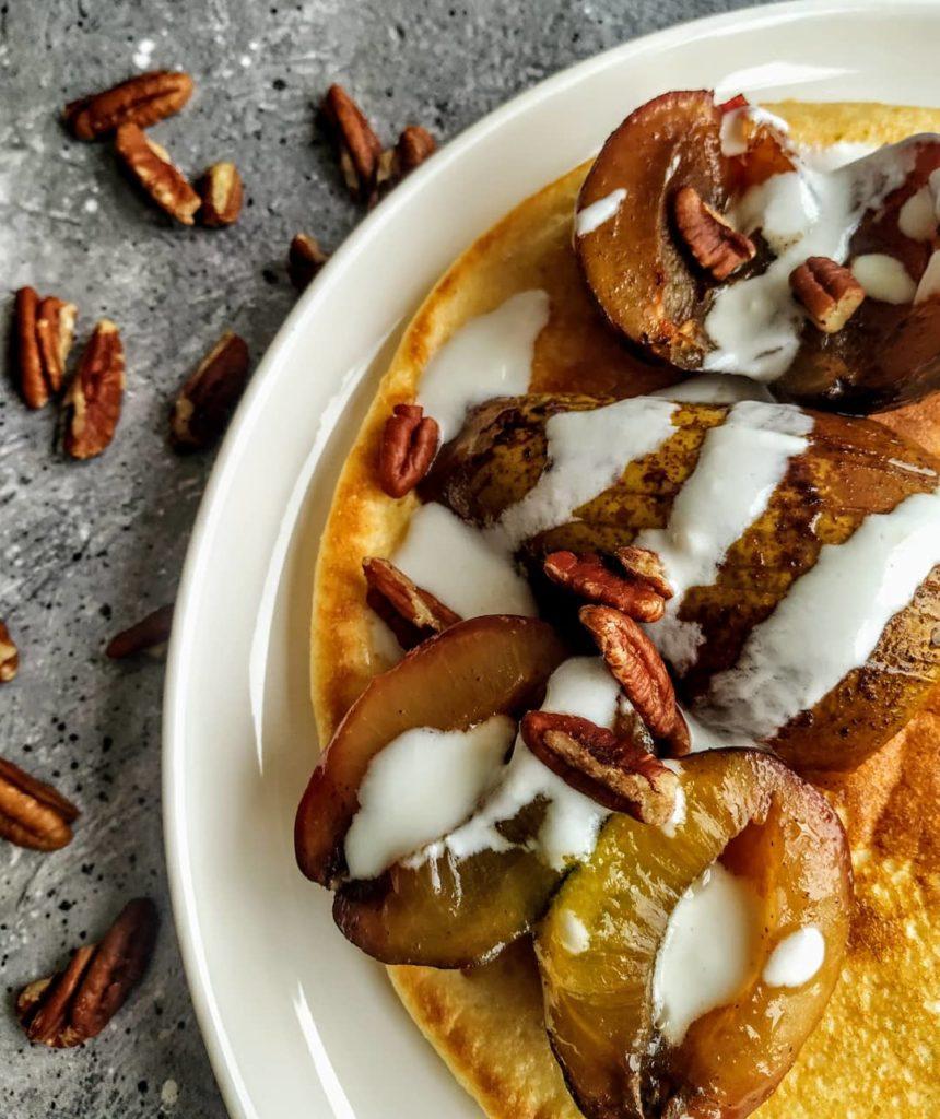 omlet, omlet twarogowy, omlet z twarogiem, omlet cesarski, omlet z owocamy, szybki omlet, prosty przepis